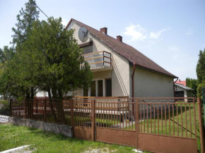 Holiday home Balatonbereny/Balaton 18086