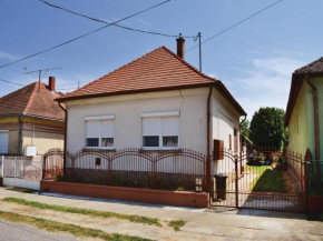 Three-Bedroom Holiday Home in Balatonujlak